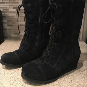 Bare Traps Brinda Suede Wedge Snow Boot Size 9.5
